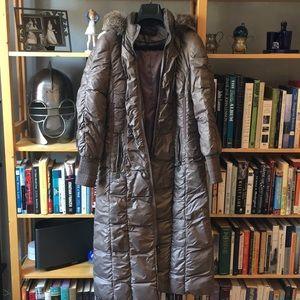 ELIE TAHARI full-length puffy coat with fur hood